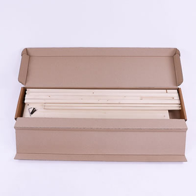 """perfekt ökologische Verpackung des Holzbanners für sicheren Transport und ohne Plastik (Öko-Trennwand """"Wood"""")"""