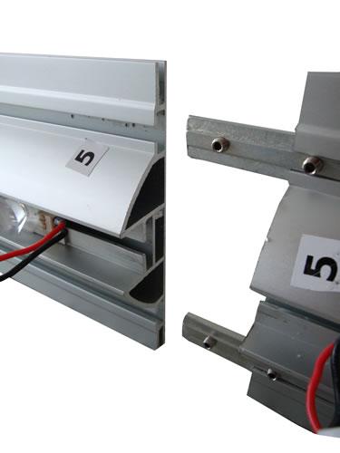 """vertikale_Segmentverbindung (Messewand """"ISOframe Lightbox"""")"""