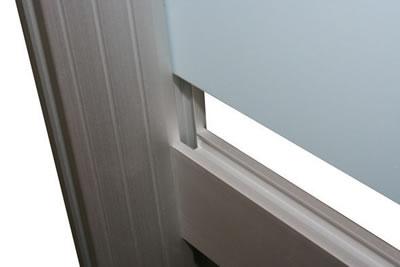 """Linear-Messewand: Einbringung einer PVC-Platte (Messewand """"Linear Kit A"""" inkl. Bedruckung)"""