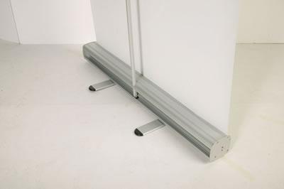 "Fuss des RollUps (hier 85cm breit) (Rollup-Trennwand ""Cool Budget 1"")"